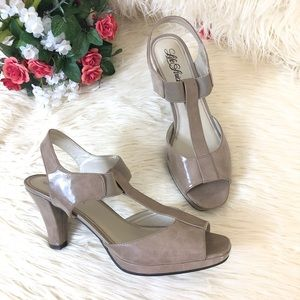 "EUC Life Stride ""ARDEN"" Slingback Open Toe Sandals"